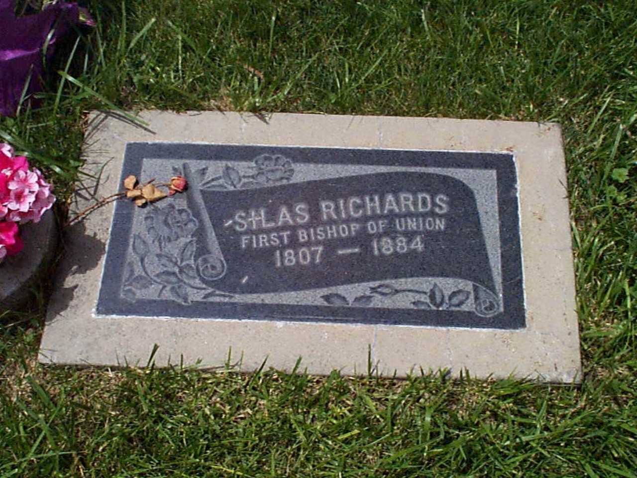 Silas Richards Cemetery Monument